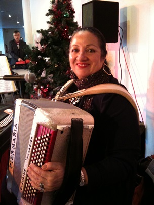 claudine_et_son_accordeon.jpg
